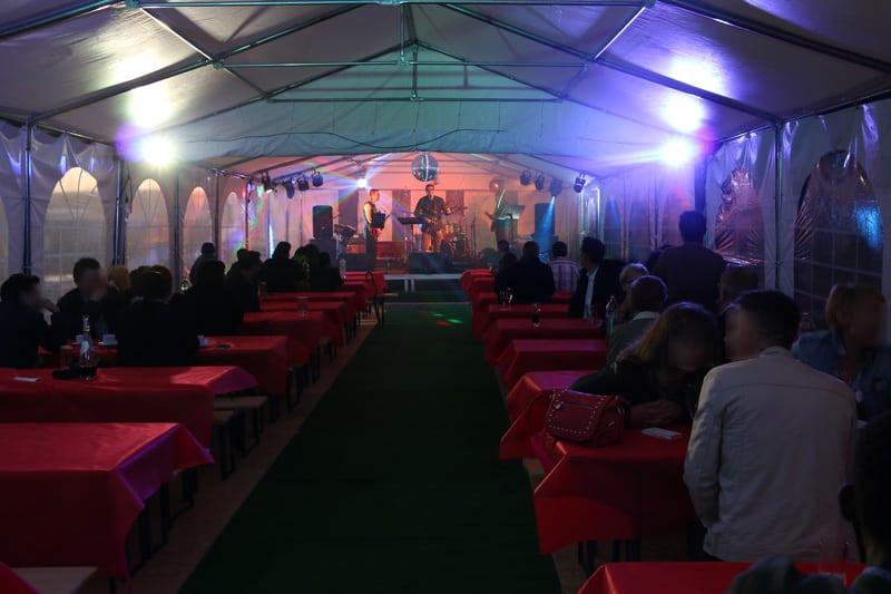 Pic-event organisation evenement entreprise sous chapiteau