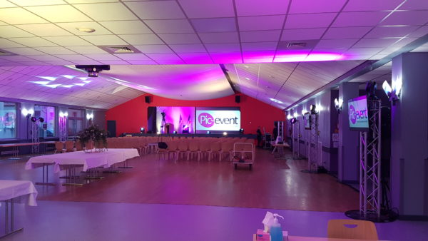 Pic-Event Location 48 pouce Ecran LED Ultra HD 4K